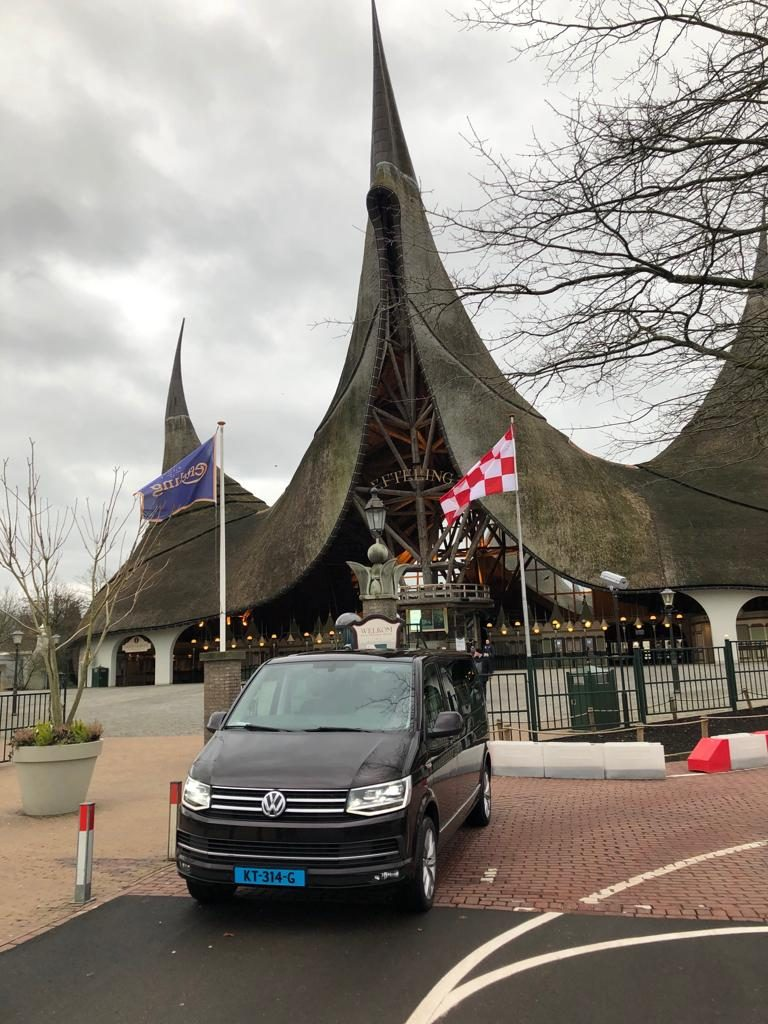 Taxi Almere stad bij de efteling
